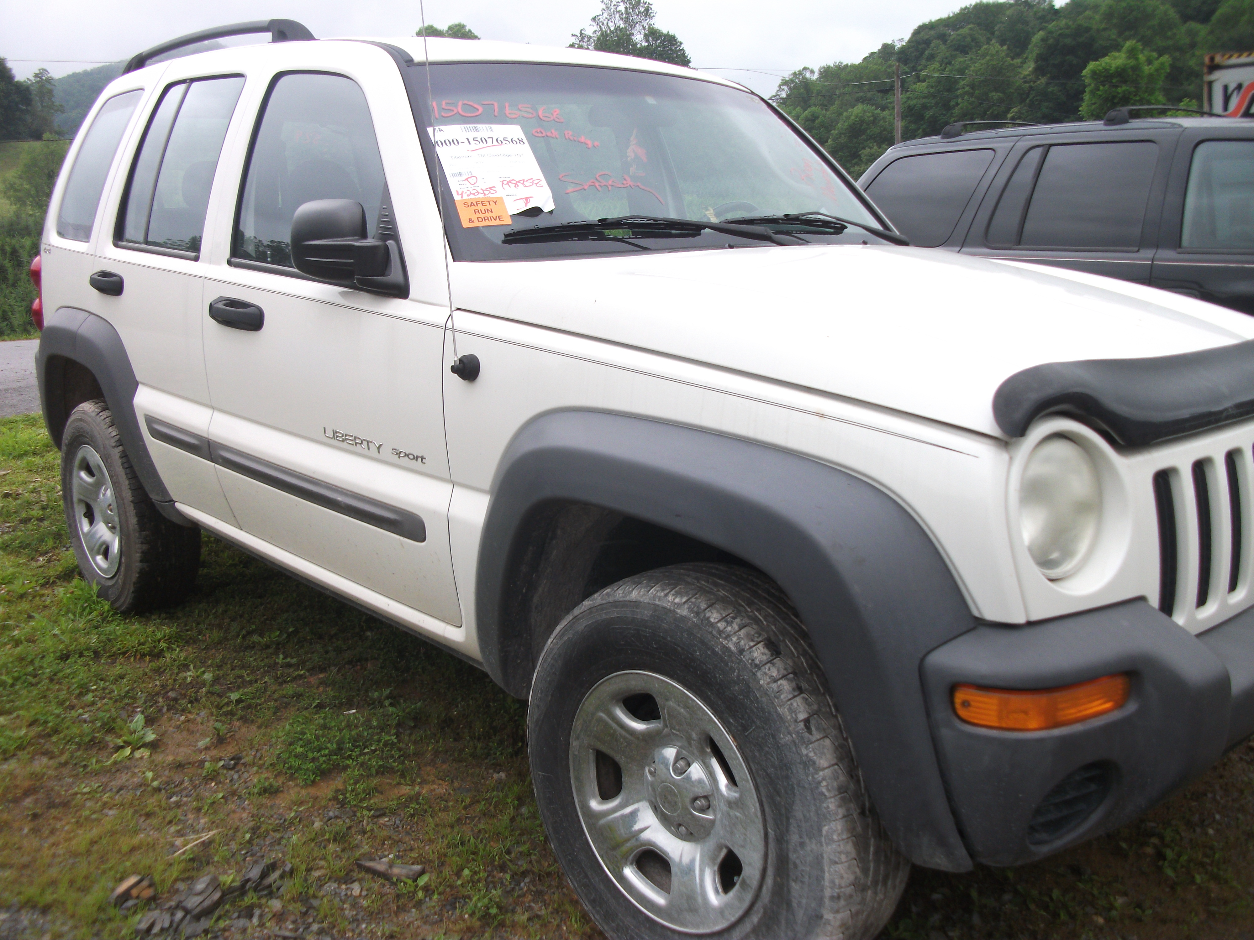 NEW ARRIVAL Jeep 2002 Liberty Sport 4Dr 4WD Wagon 6CYL 3 7L 4SPD